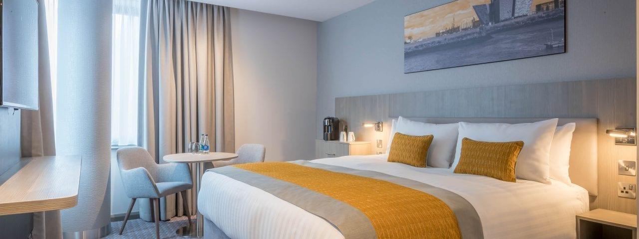 Bedroom at Maldron Belfast City