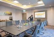 Maldron-Belfast-City-Boardroom-Staff
